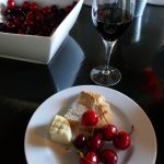 Look at those cherries, the best I've had in years. A luscious snack at Évora's M'ar de Ar Aqueduto.