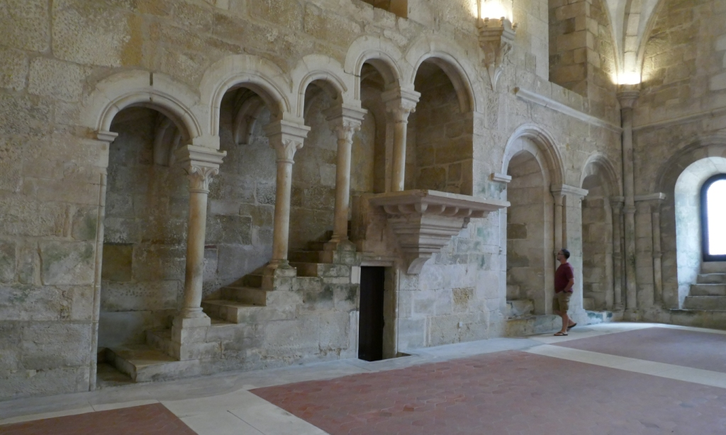 In Alcobaça Monastery's refectory, there was silence at meals except for Bible readings from this pulpit.