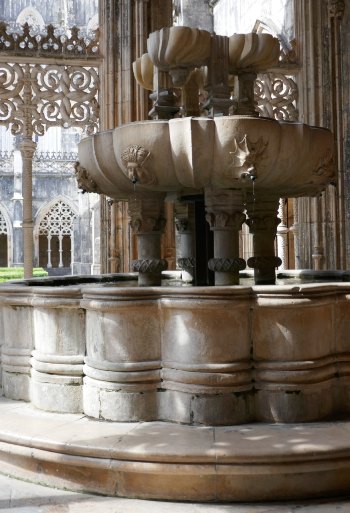 Also in Batalha Monastery, the beautiful stone lavabo, for ritual washing before meals, with two basins and various fountains. Lovely, and still operating.