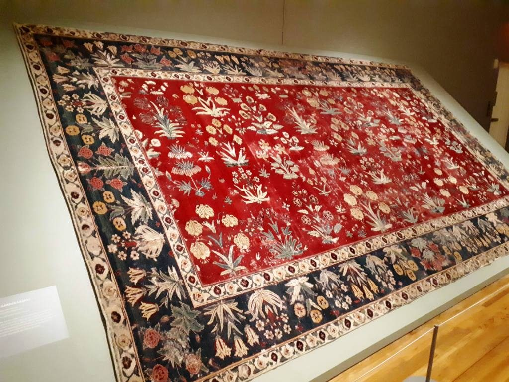 Floral Garden Carpet, Northern India, 17th century, wool pile and cotton foundation